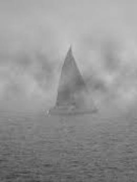 KDD 2019 Embarcaciones apareciendo entre la niebla